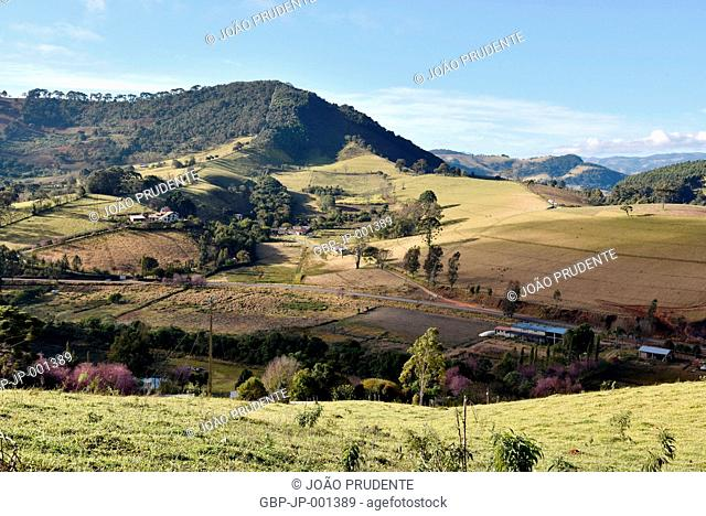 Panoramic view, countryside, Highway BR-383, 2017, Maria da Fe, Minas Gerais, Brazil