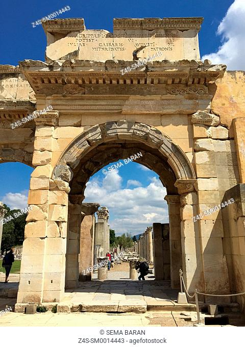Access from the library of Celsus to the Agora southgate of the Roman ruins of Ephesus, Efes, Selcuk, Kusadasi, Turkey, Europe
