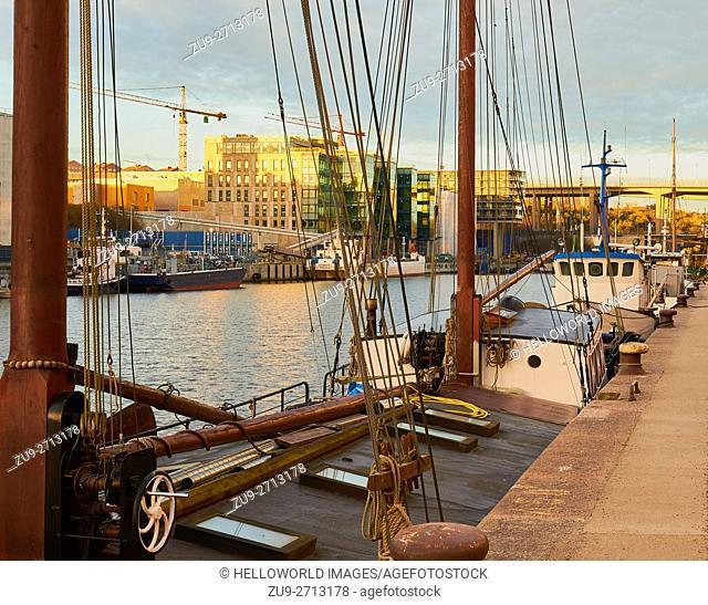 Ships moored Hammarby Sjostad eco neighbourhood a pioneer in sustainable development, Hammarby Lake, Stockholm, Sweden, Scandinavia