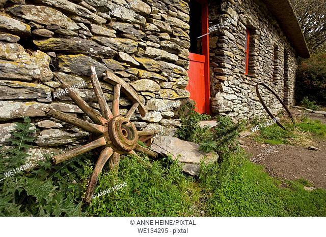 irish stone cottage