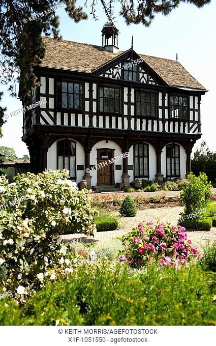 Black and white carved timber building, built in 1633, The Grange, Leominster, Herefordshire, England, UK