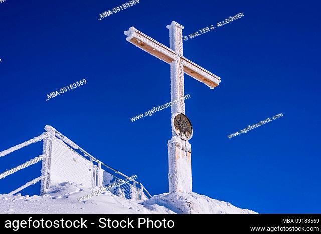 Summit cross on the Nebelhorn, 2224m, Allgäu Alps, Allgäu, Bavaria, Germany, Europe