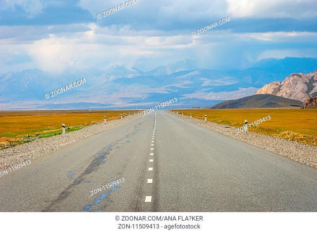 Road over scenic Torugart pass, Kyrgyzstan