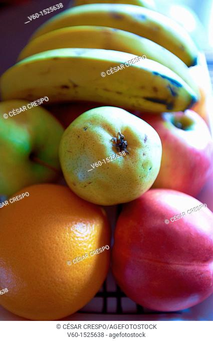 -Diferents Fruits on The Table-