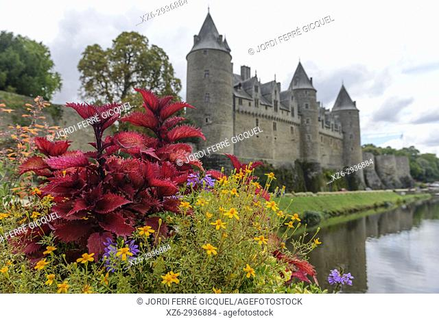 Josselin Castle, Josselin, Morbihan, Brittany, France, Europe