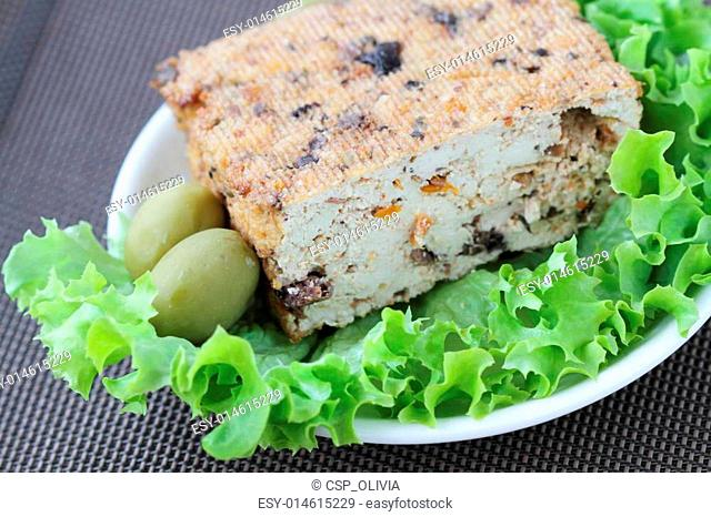 Tofu with olives