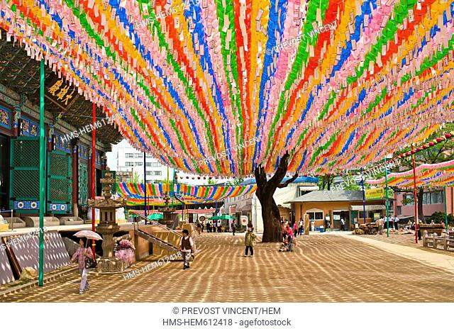 South Korea, Seoul, Insadong District, Jogye Buddhist Temple, colorful lanterns in the temple courtyard on the occasion of Buddha's Birthday
