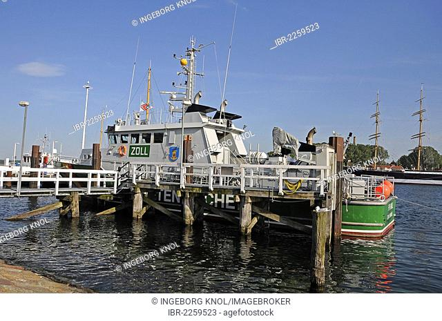 Jetty and a customs ship, Travemuende, Luebeck Bay, Schleswig-Holstein, Germany, Europe