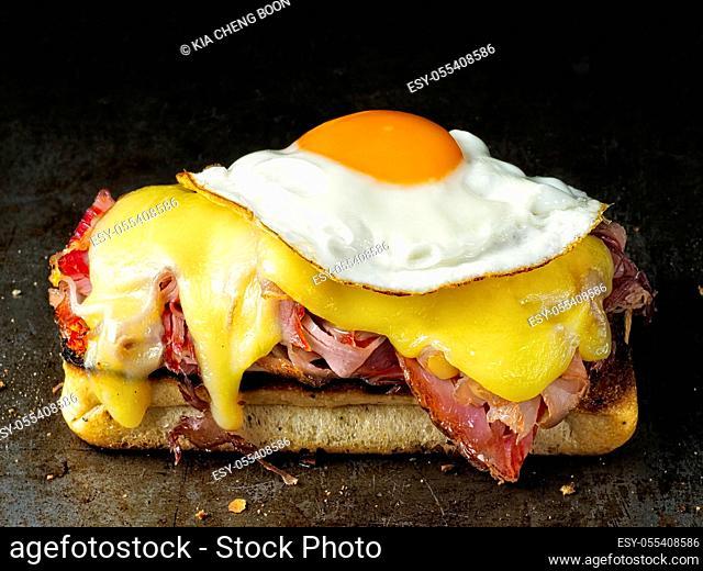 fried egg, gratin, croque