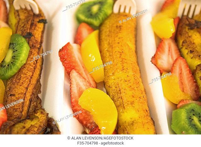 Plantain and fruit dessert