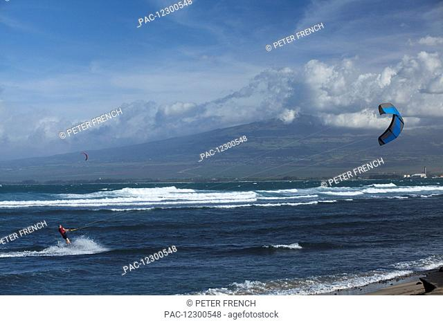 Kite surfers at Waiehu Beach, near Wailuku; Maui, Hawaii, United States of America