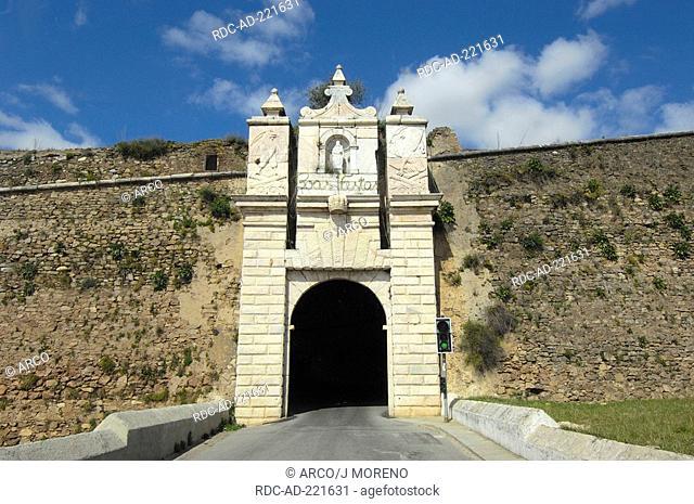 Tunnel to Estremoz, area Evora, region Alentejo, Portugal