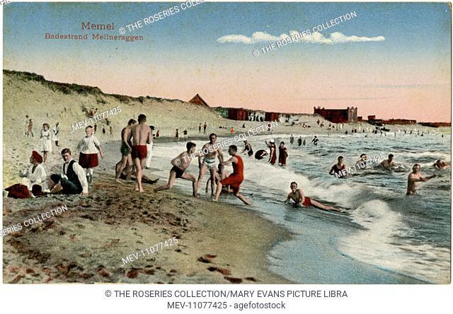 Mellneraggen beach, Memel (now Klaipeda), Lithuania, with bathers