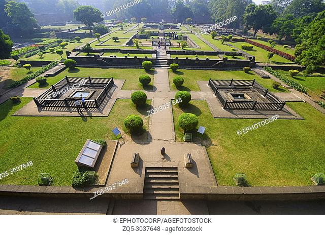 Ruins, Shaniwar Wada, is a historical fortification, Built in 1732, it was the seat of the Peshwas of the Maratha Empire until 1818