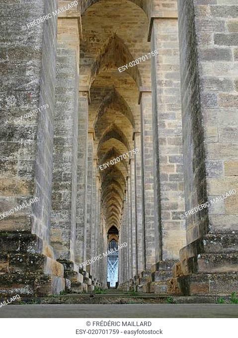 Eiffel bridge over the Dordogne river, Saint Vincent de Paul