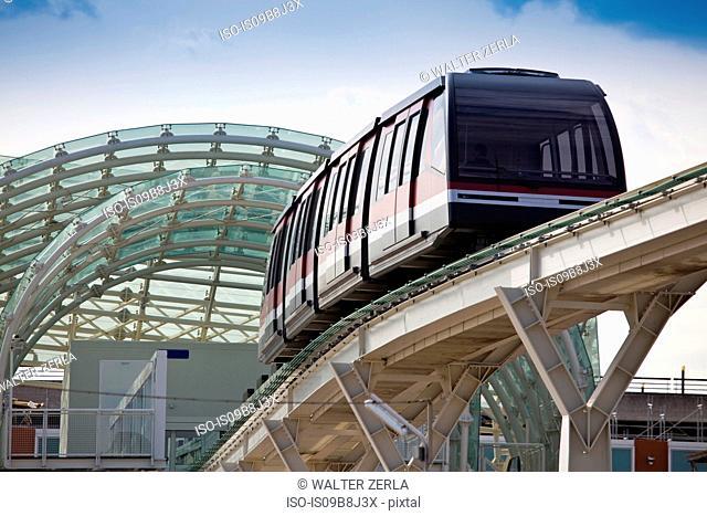 People mover train on bridge, Venice, Veneto, Italy, Europe