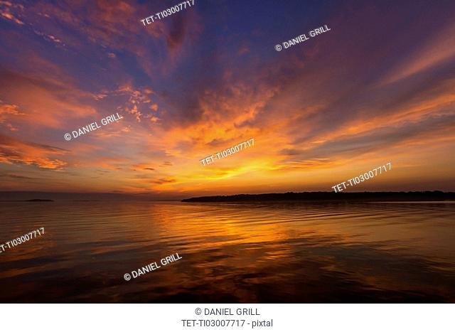 Golden sunrise over sea
