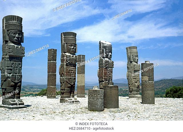 Tula, religious civic center of the Toltec culture founded around 900 BC. JC, under the name Toll?