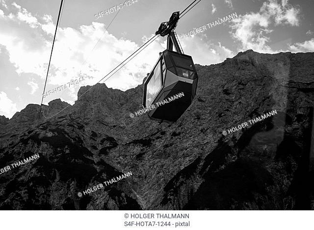 Alpen, Gondel der Karwendelbahn