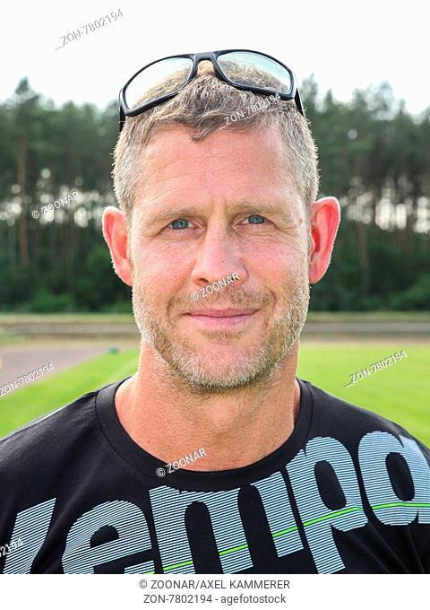 Cheftrainer Geir Sveinsson Fußballspiel zum Trainigsauftakt Saison 2015/16 SC Magdeburg Handballer