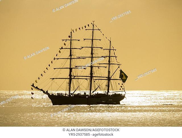 Las Palmas, Gran Canaria, Canary Islands, Spain. 13th September, 2017. Brazilian navy tall ship, Cisne Branco (White Swan) sails into Las Palmas