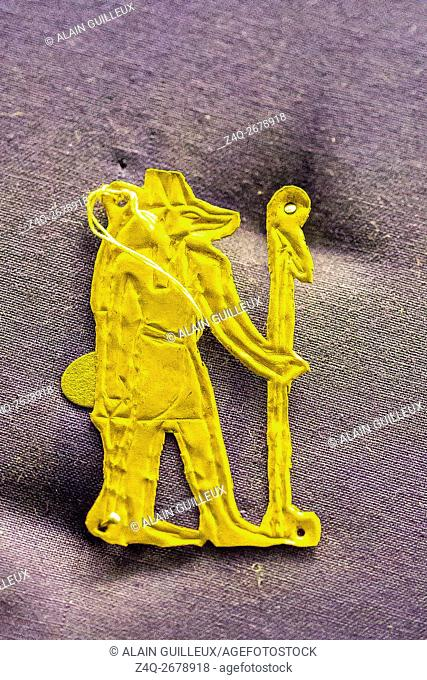 Egypt, Cairo, Egyptian Museum, jewellery found in the royal necropolis of Tanis : Gold amulet of the god Anubis, found on a skeleton, nearby the king Chechonq