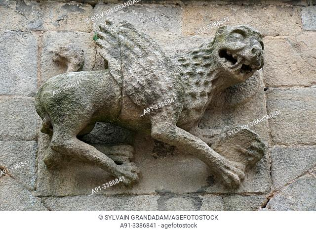 France, Bretagne, Cotes d'Armor, medieval city of Dinan, Saint-Sauveur basilica