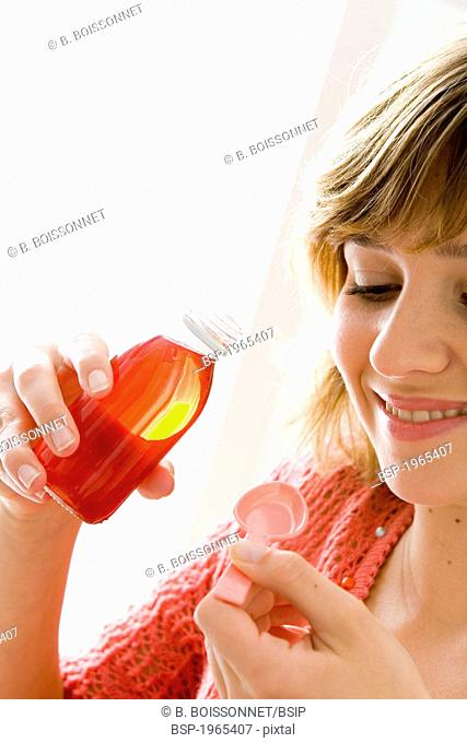 COUGHING TREATMENT WOMAN Model