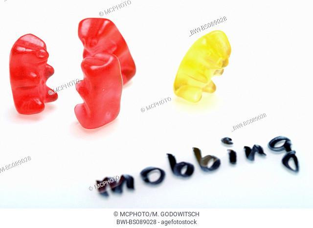 gummi bears, one outsider, mobbing