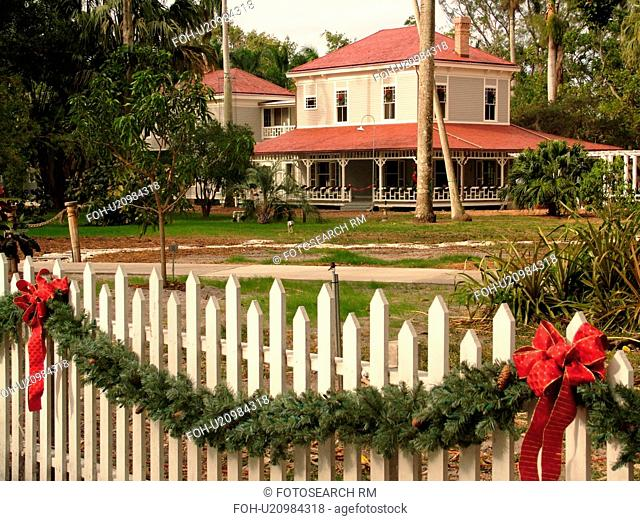 Fort Myers, FL, Florida, Edison and Ford Winter Estates, Holiday House, Thomas Edison's Winter Home, Christmas decorations