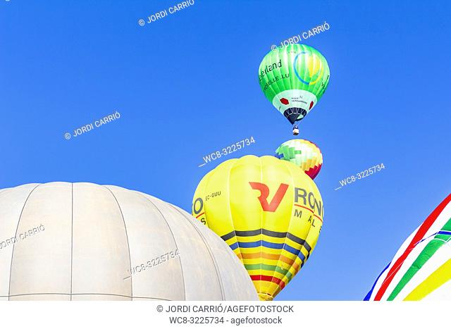 VIC, CATALONIA, SPAIN - MARCH 2018: Hot air balloons participating in the XXXV edition of the International Mercat Ram Balloon Trophy 2018