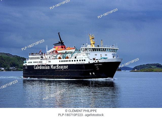 Caledonian MacBrayne ferry boat Isle of Mull / An t-Eilean Muileach leaving the port of Oban