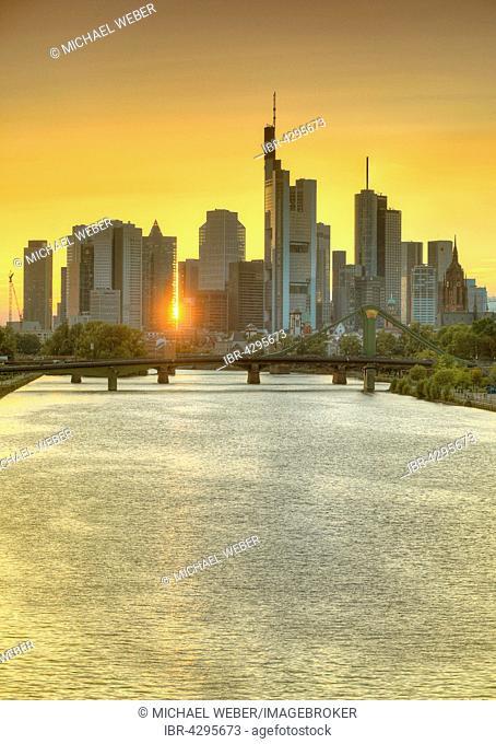 Skyline and financial district at sunset, twilight, TaunusTurm, Tower 185, Commerzbank, Messeturm, Helaba Landesbank Hessen, German Bank, Kaiserdom