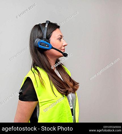 Pick by Voice Wireless Headset Woman Worker