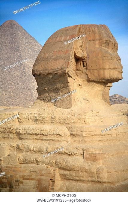 sphinx and pyramid of khufu, Egypt, Gizeh