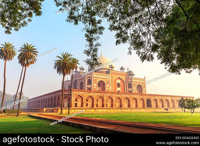Humayun's Tomb, India's famous place of visit, New Delhi