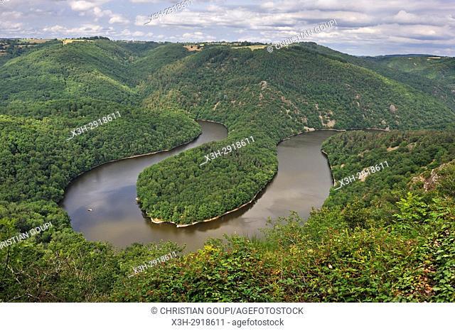 Queuille's meander (Meandre de Queuille) of the Sioule River, Puy-de-Dome department, Auvergne-Rhone-Alpes region, France, Europe