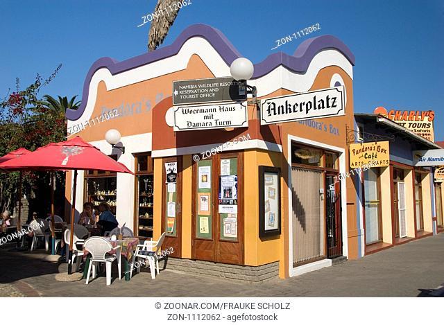 Afrika, Namibia, Swakopmund, Cafe und Souvenirgeschäft, Ankerplatz
