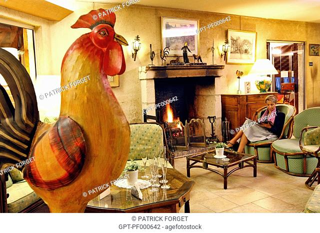THE LOUNGE OF THE 4 STAR HOTEL-RESTAURANT, 'LE PETIT COQ AUX CHAMPS', CAMPIGNY, EURE
