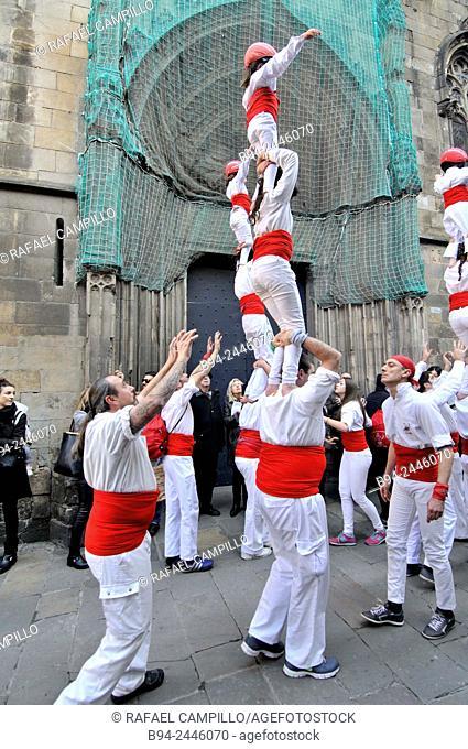 Castell, human towers. Falcons group. February 12. Celebration of saint Eulalia martyr. 290-303 AD. Canonized 633 AD. Copatron of Barcelona
