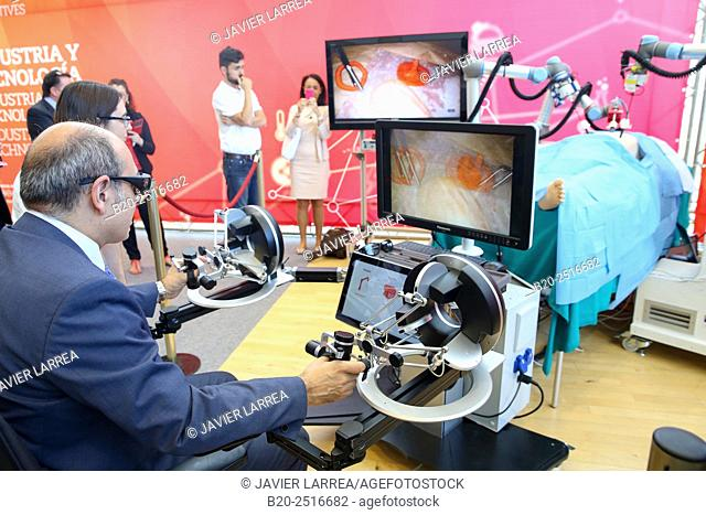 Jon Darpon, Minister of Health of the Basque Government, Development of a surgical robot with 3D vision and tactile sensations
