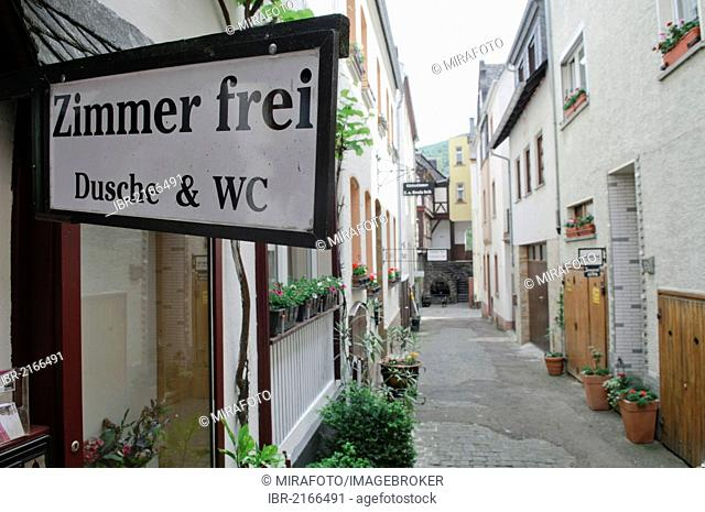 Guest houses with Zimmer frei, rooms available signs in an alleyway in Bacharach, Upper Middle Rhine Valley, Rhineland-Palatinate, Germany, Europe