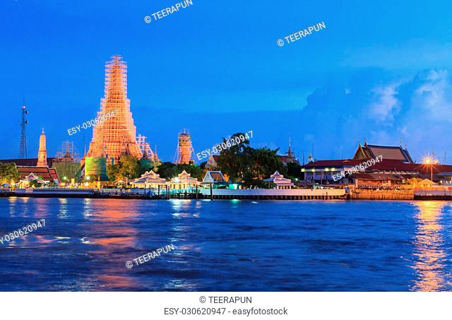 The temple of dawn, Bangkok, Thailand