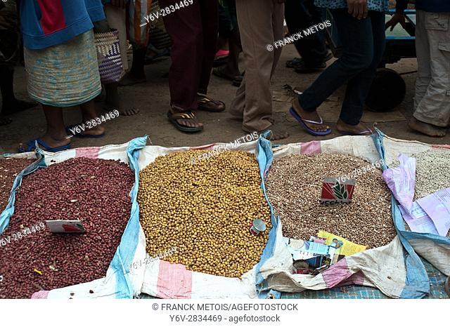 Pulses on sale at Ambositra ( Madagascar)