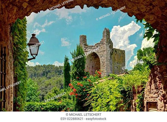 Peratallada, Costa Brava, Cataonia, Spain: Famous medieval square at daytime