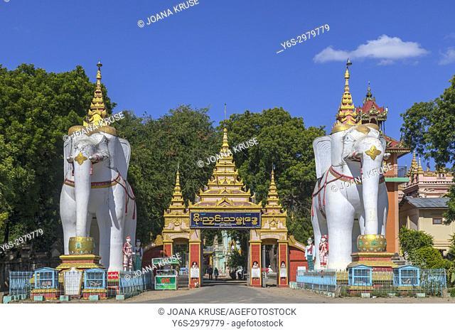 Thanboddhay Pagoda, Monywa, Myanmar, Asia