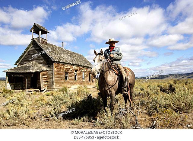 Cowboy and old 1900s school. Ponderosa Ranch. Seneca. Oregon . USA