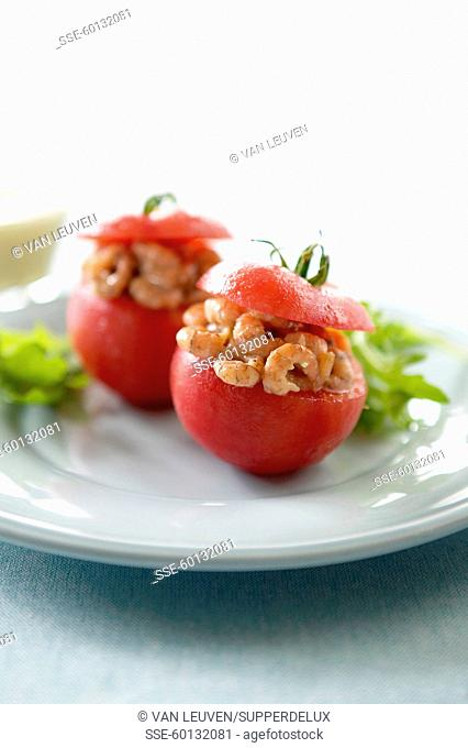 Tomatoes stuffed with shrimps