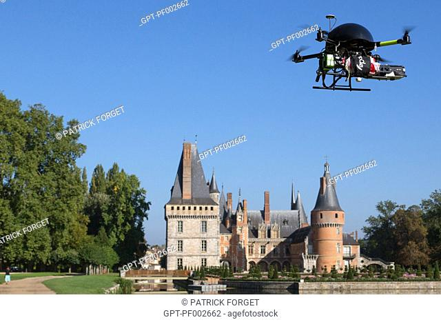 DRONE FLYING ABOVE THE CHATEAU DE MAINTENON, STRICT REGULATION BY THE DGAC (DIRECTORATE GENERAL FOR CIVIL AVIATION) CONCERNING FLIGHT OVER CITIES AND INHABITED...