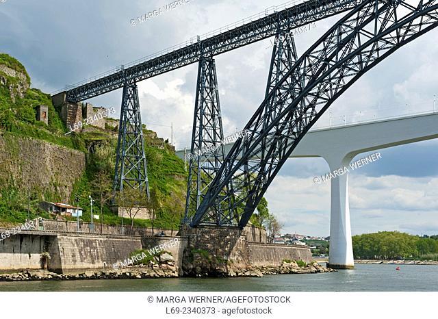 Ponte 5 Joao and Ponte Maria Pia (1877) crossing river Douro, Porto, Portugal, Europe